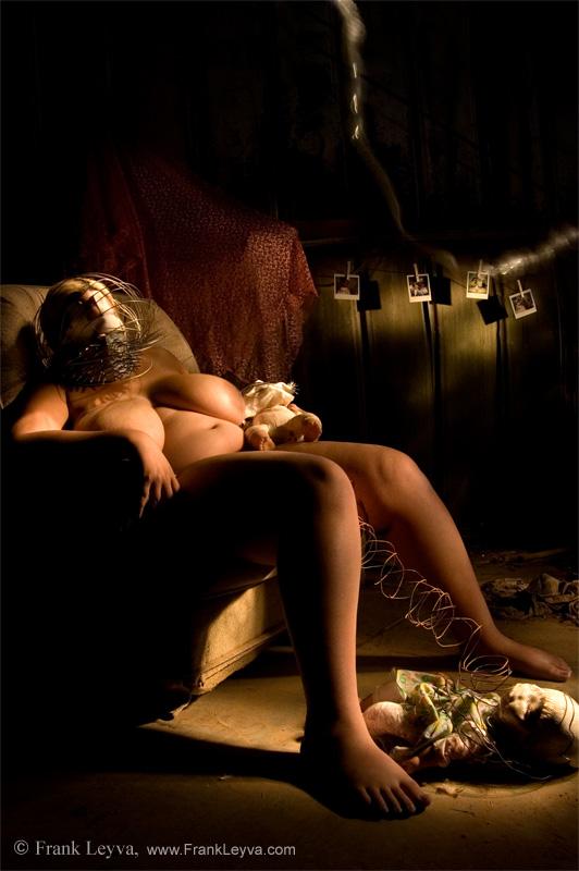 Intimate Obscura